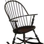 Windsor rocker with comb