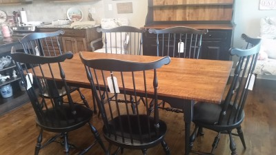 Tiger Maple Table Benners Chairs