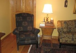 Recliner with Willow Tree