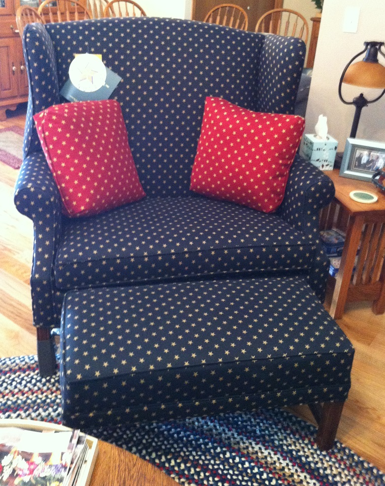 Stony Point Chair and 1/2 with Ottoman