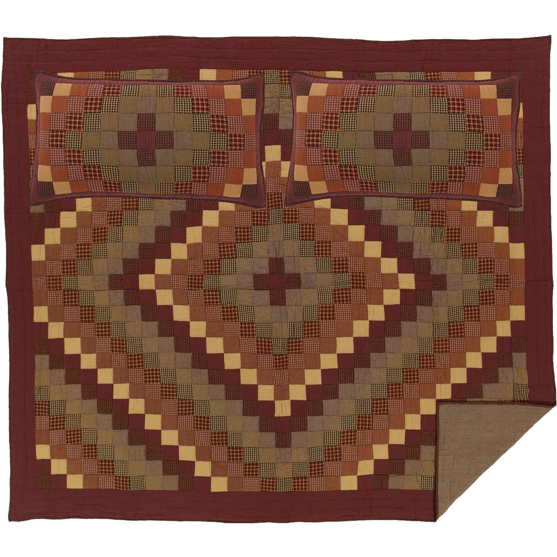 Heritage Farms King Quilt Set; 1-Quilt 105Wx95L w/2 Shams 21x37